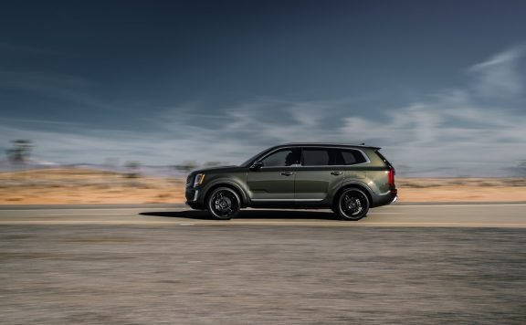 2020 Kia Telluride Driving Down Highway